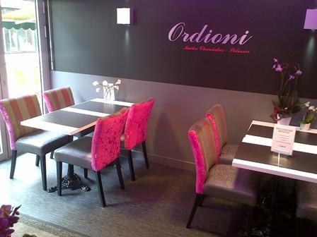 Tendance en mobilier chr ligne vauzelle le blog tendances mobiliers pour les professionnels for Couleur restaurant tendance